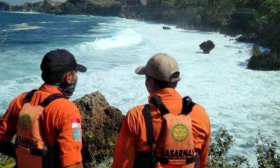 Pemancing Hilang Tergulung Ombak, Ditemukan Tak Bernyawa